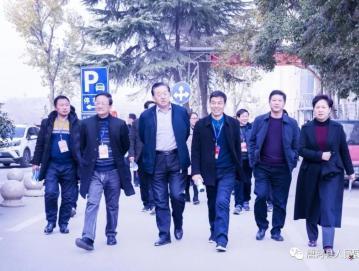 唐河县人大代表团莅临我院视察医保政策运行情况