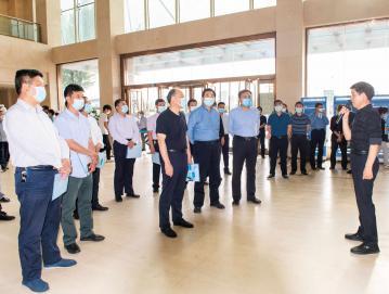 市人大常委会视察组莅临唐河县人民医院视察医疗保障工作